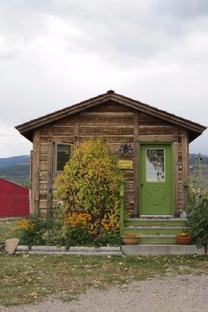 Victor, Idaho: Outside of cabin