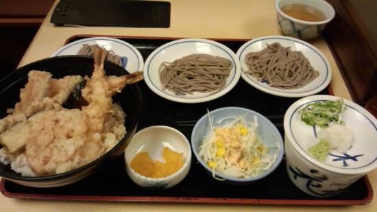 Izushi Handmade Soba Sarasoba Hanamizuki Kobe