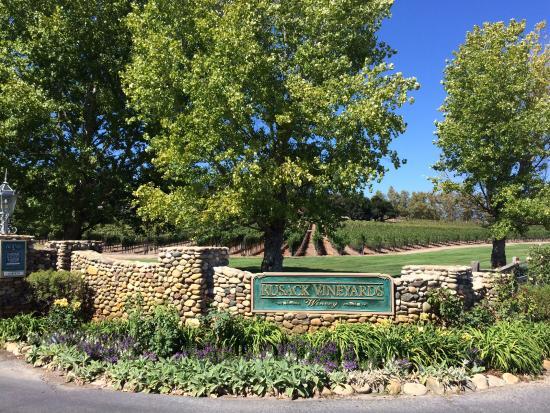 Solvang, CA: Entrance to Rusack Vineyards
