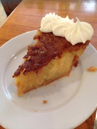 The Yesterday Cafe: Yummy Buttermilk Pie