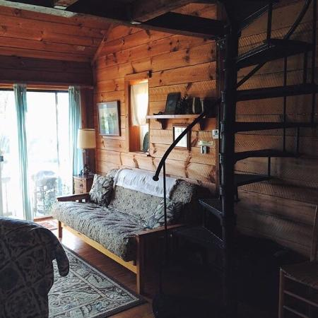Broadwing Farm Cabins: The view from the porch of the pine cabin is simply incredible.