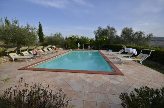 Ponzano di Fermo, Italien: The pool