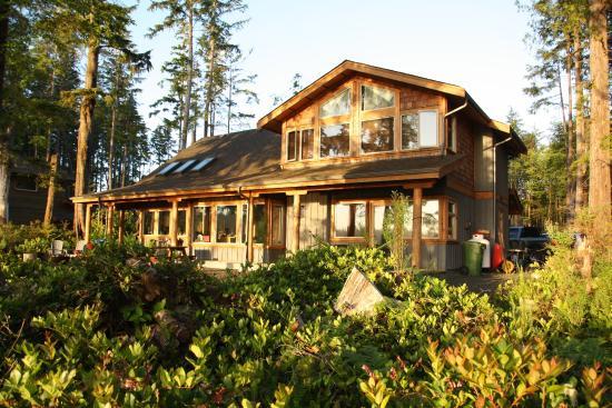 Black Bear Guesthouse: Black Bear Lodge, Tofino