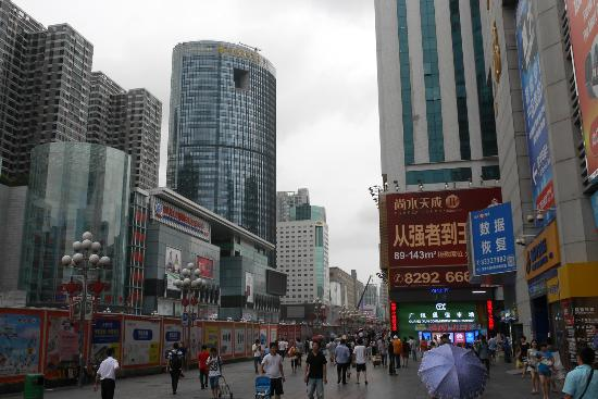 深圳华强北商业街
