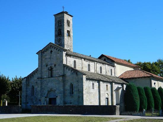 Armeno, Italy: Esterno