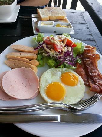 The Residence Hua Hin: หรือจะเป็นอาหารเช้าแบบ อเมริกัน
