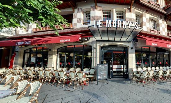 Le Morny's Café