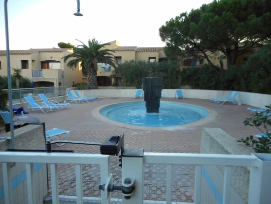Piscine picture of residence odalys club saint loup cap for Piscine cap d agde