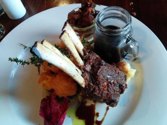 Clare Inn: lamb rack