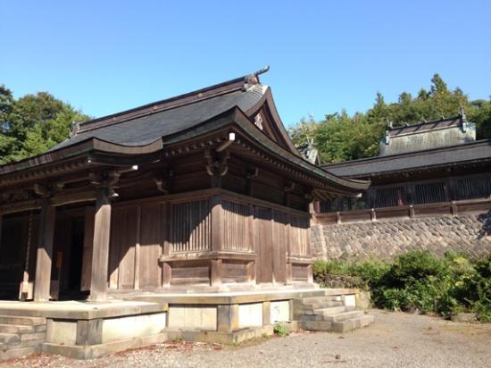 Tyokaisan-Ohmonoimi Shrine: 拝殿と御本殿が見えました