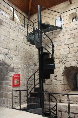 Soutomaior - ''Castelo de Soutomaior'' Escalera de acceso a la Torre (21-08-2015)