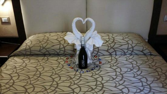 Infinity Hotel St. Peter: Honeymoon / Wedding Anniversary