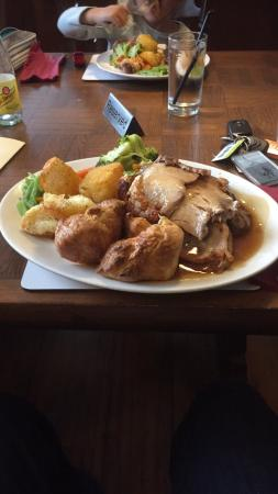 ‪‪Challock‬, UK: Large roast with 3 meats‬