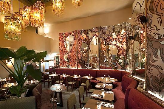 Jardin botanique picture of restaurant tres honore for Restaurant jardin botanique