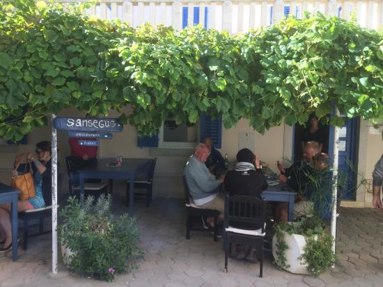 Susak, Kroatië: Sansegus