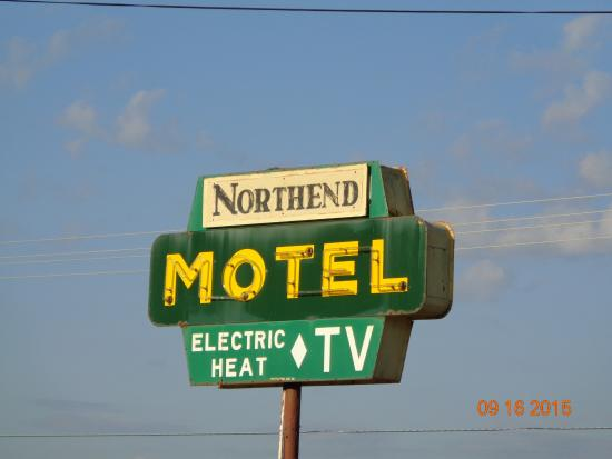 Doniphan MO Northend Motel Sign