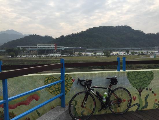 Tamshui River Coast Bikeway