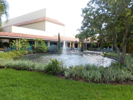 Garden Picture Of Doubletree By Hilton Orlando At Seaworld Orlando Tripadvisor