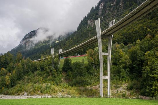 Hotel Sport Klosters: Wanderung von Klosters nach Serneus, Sunnibergbrücke