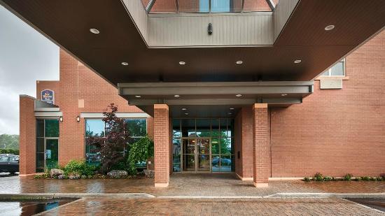 Best Western Plus The Arden Park Hotel : Entrance
