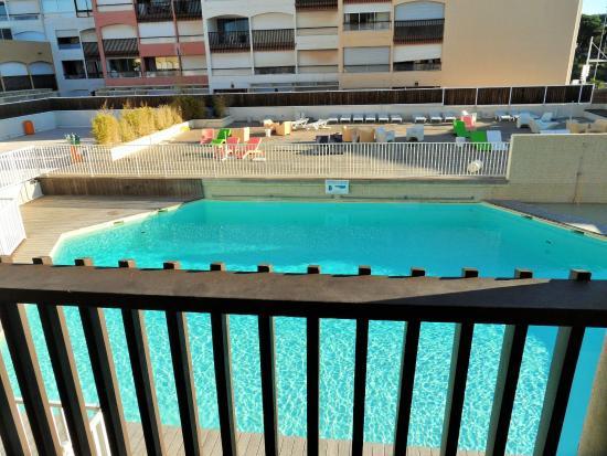 Résidence Le Saint-Clair : La piscine