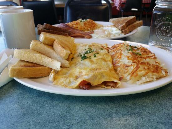 Worth the drive - Picture of Debbie's Diner, Penticton - TripAdvisor
