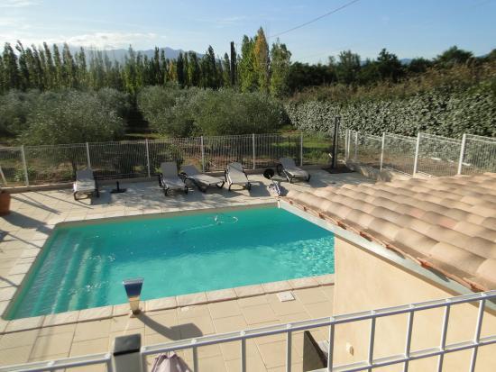 Trouillas, Francia: la piscine