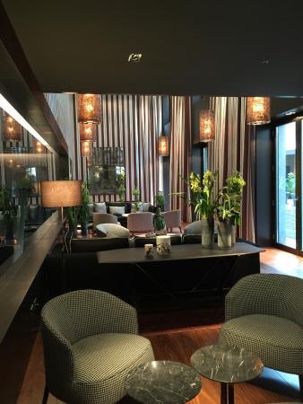 saletta dell 39 hotel foto di mandarin oriental milan milano tripadvisor. Black Bedroom Furniture Sets. Home Design Ideas