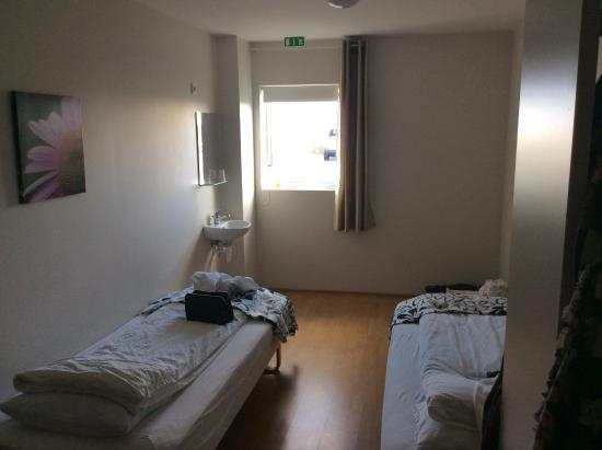 Alex Guesthouse: Onze kamer