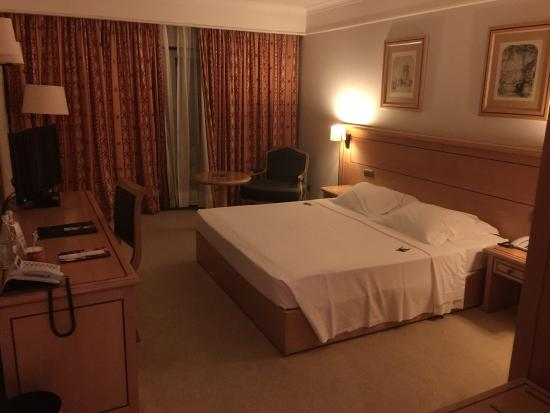 Hotel Real Palacio Photo