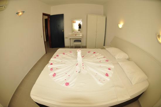 Fun Point Hotel: Bedroom