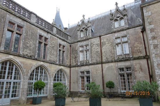La Flocelliere, Francia: Main Chateau