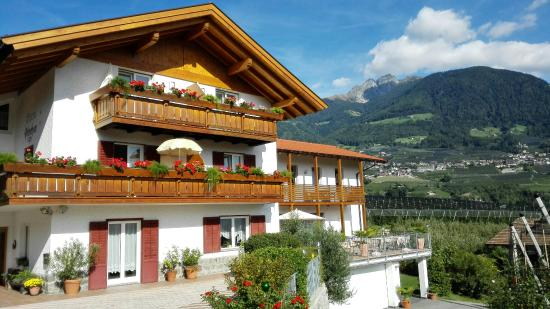 Garni Hotel Pircher Dorf Tirol