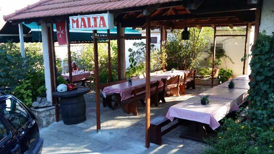 Konoba Malta : Konobs Malta is opened not closed !!!!? Exelent food ! Rearly experienced hospitality nowadays i