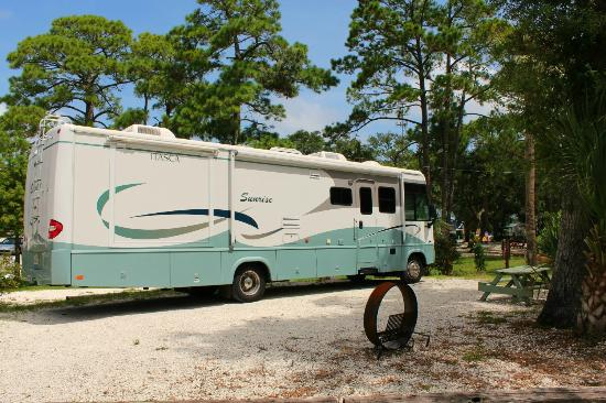 Rivers End Campground and RV Park: River's End Campground - Full Hook-Up RV Sites