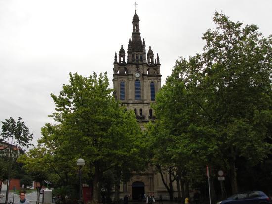 subiendo - Picture of Basilica of Begona, Bilbao - TripAdvisor
