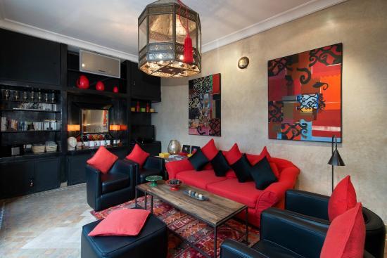 Riad Akka: Salon interieur