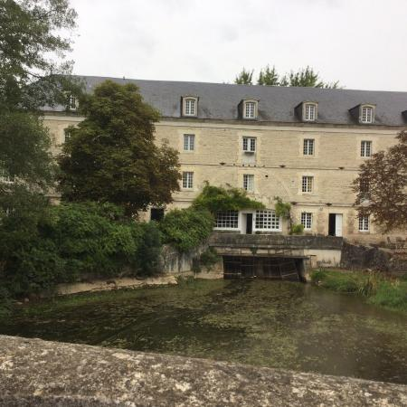 Le Moulin de Poilly-sur-Serein: View of the Mill