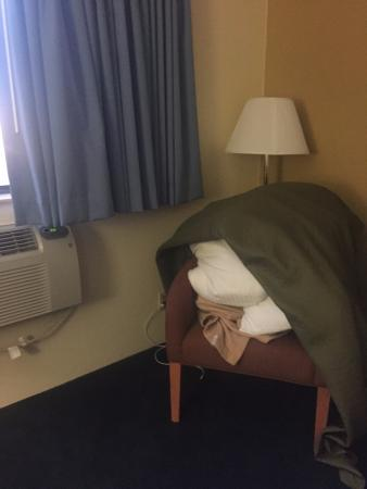 Super 8 Nampa: Room not cleaned -bedding removed and left on chair