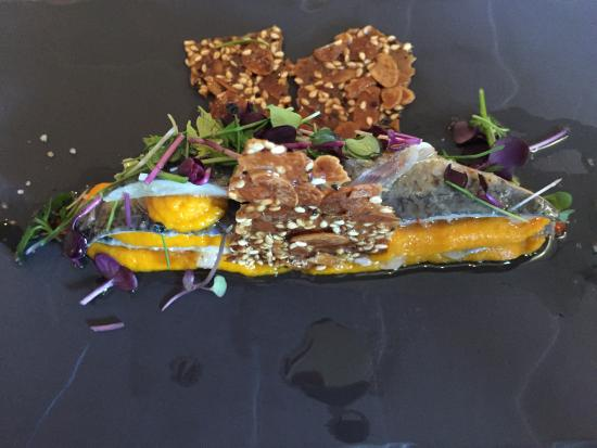 Velluire, Fransa: sardine
