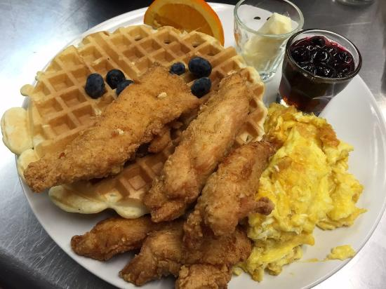 Awesome Newark: Fried Chicken & Waffles