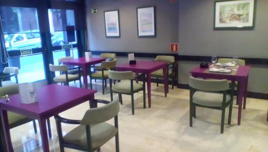 Gran Versalles Hotel : Restaurant/bar