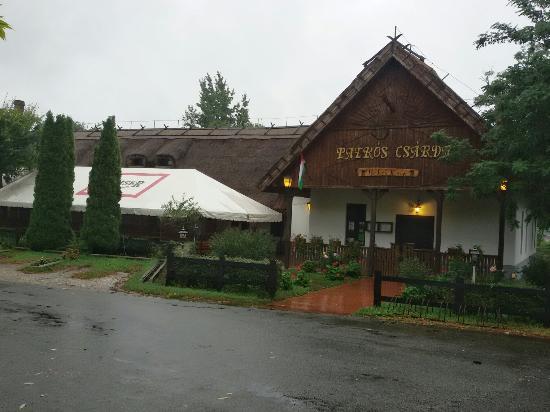 Patkos Csarda es Motel