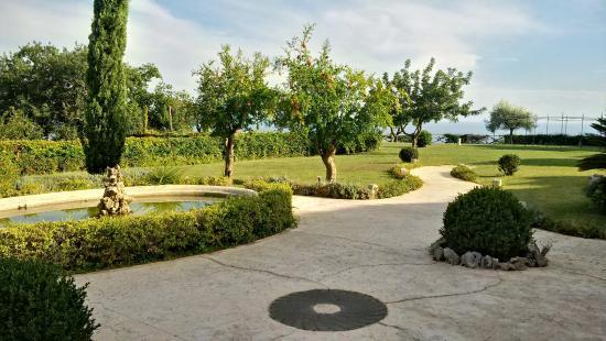 Garden Picture Of Villa Cimbrone Gardens Ravello