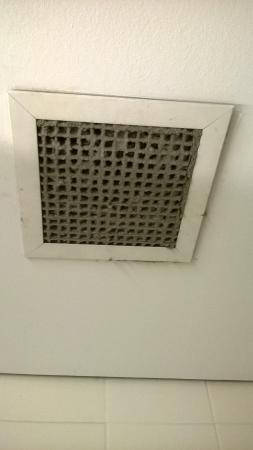 Hinterland Hotel/Motel: Air Vents