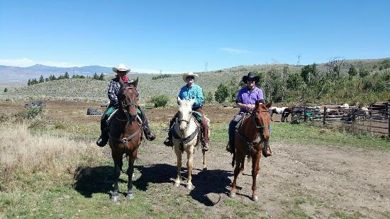 Rusty Spurr Ranch: City slickers!
