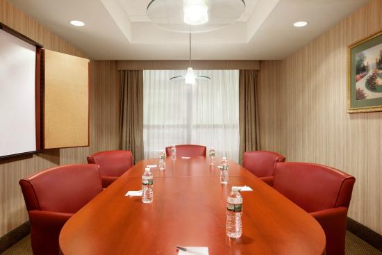 Hampton Inn Quakertown: Private Meeting Room