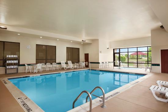 Hampton Inn Quakertown: Indoor Swimming Pool