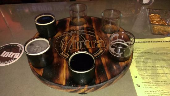 Intracoastal Brewing Company: flights