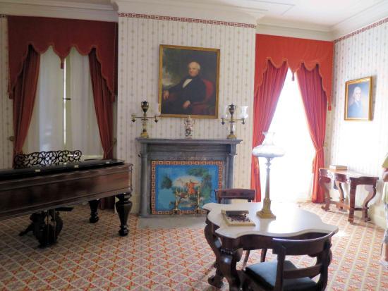 Charmant Martin Van Buren National Historic Site: Martin Van Buren House   Stitting  Room